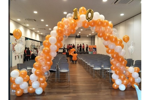 Balloon Arch and Short Pillars